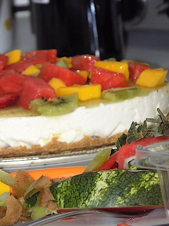 Summer Fruit Cheesecake Recipe: no baking