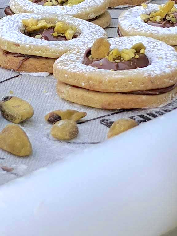 Pistachio Cookies with Nutella