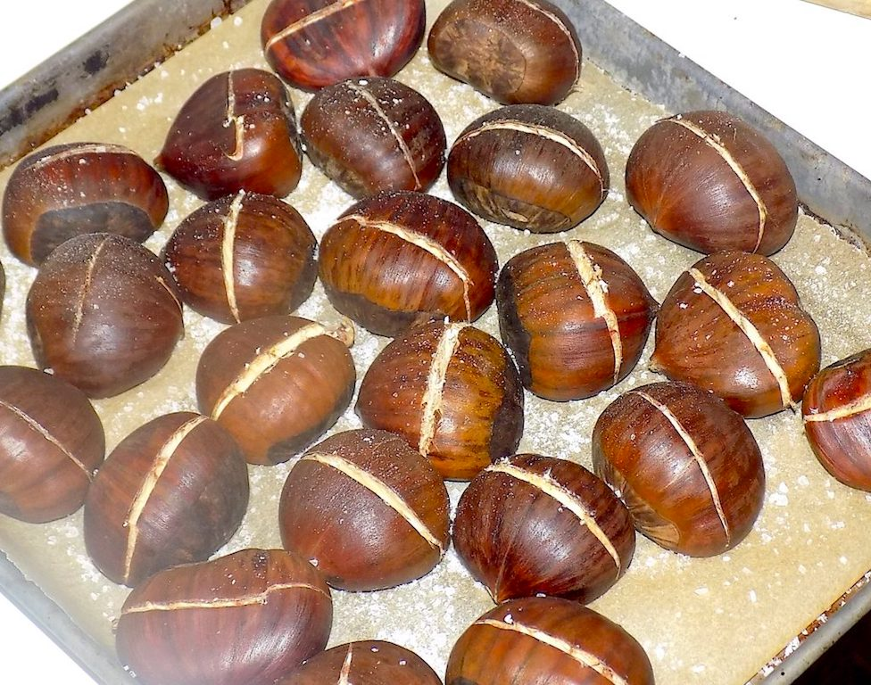 Roasted Chestnuts – Le Caldarroste