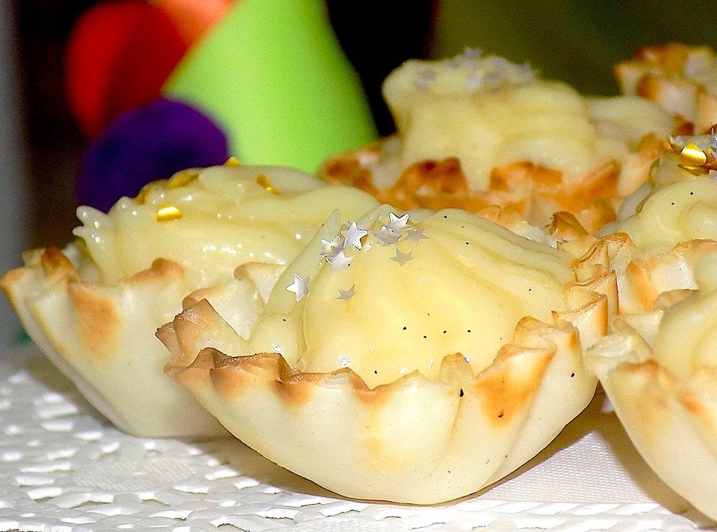 Sweet Christmas Fillo Shells
