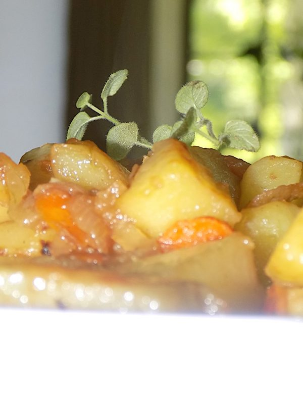 Potatoes Cooked in White Wine and Fresh Oregano