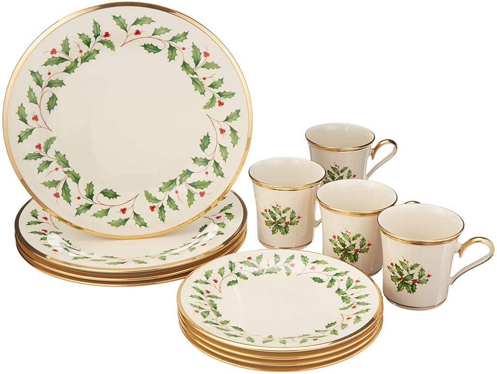 Christmas 12-Piece Dinnerware Set