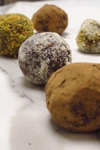 PRALINES of CHOCOLATE and MASCARPONE CREAM