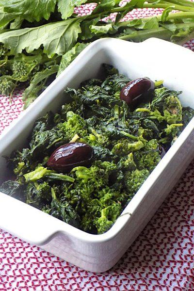 "Sicilian-Style Garlicky Broccoli Rabe like ""Cavuliceddi"""