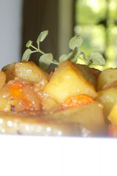 Potatoes Cooked in White Wine and Fresh Oregano