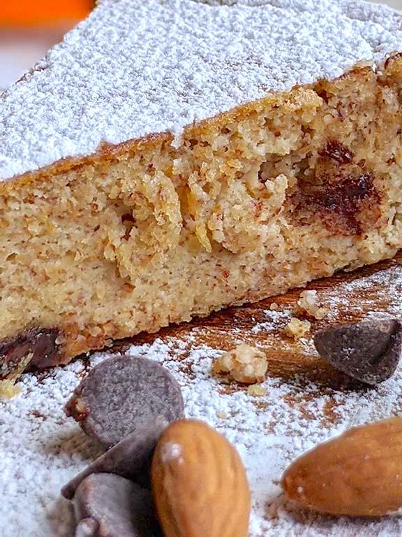 Soft Almond and Ricotta Cake
