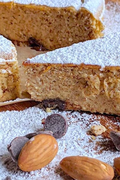 Soft Almond and Ricotta Cake