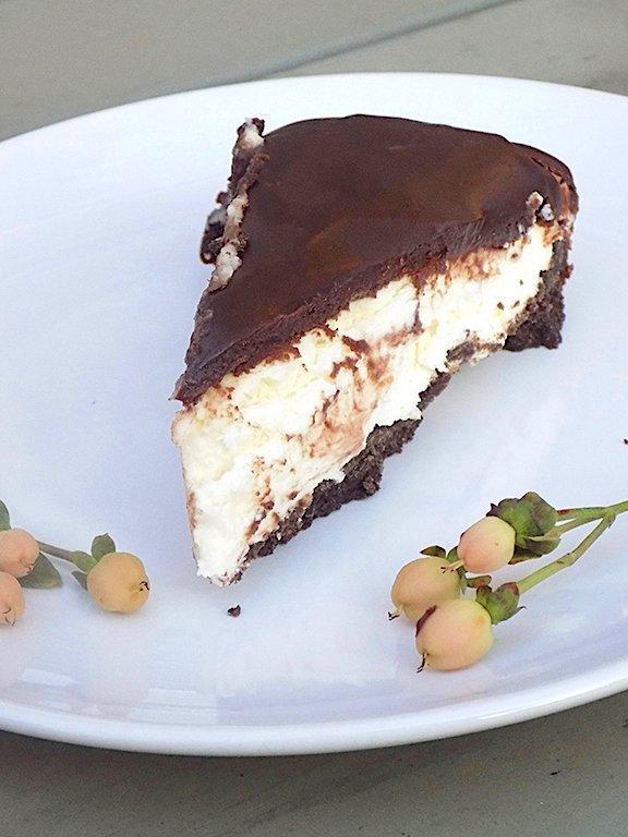 Cheesecake with Ricotta, Mascarpone and White Chocolate