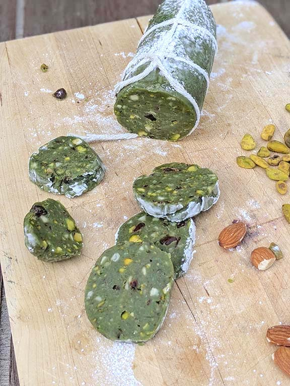 Sweet Pistachio Salami Recipe (Salame Dolce al Pistacchio)